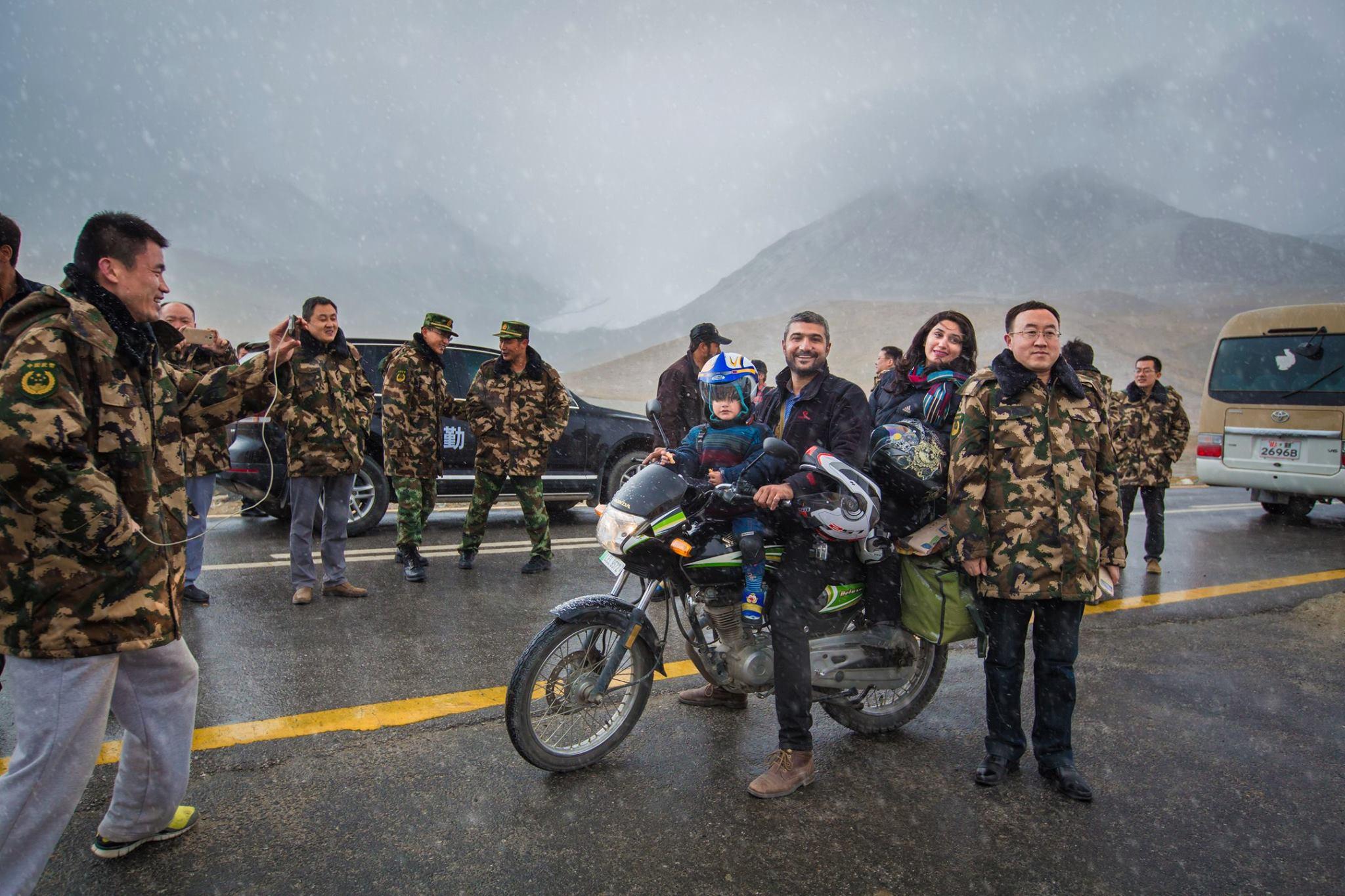 China Army Khunjarab Pass Hunza Gilgit