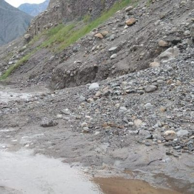 Roads blocked at multiple locations in Gilgit Baltistan due to torrential rains